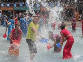 河津玉泉寺举办第三届泼水节