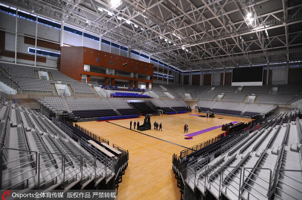 修葺一新的辽宁体育馆,静待半决赛到来