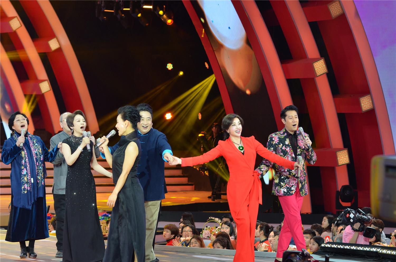 北京台春晚请来了那些年被暗恋过的所有女星!
