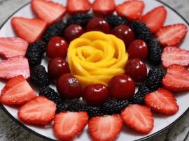 夏天快来了黄磊教你一道水果拼盘 自己在家做