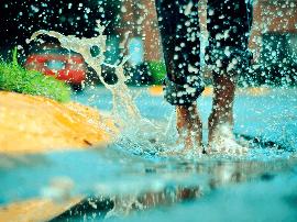 夏至上班被雨淋了吗?南宁今明两天降雨集中