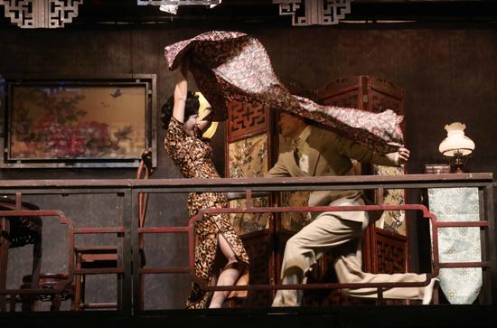 《如梦之梦》上海开演 谭卓自购古董道具显匠心
