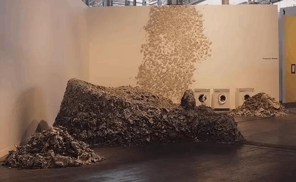 """参与性焦虑到""""另起炉灶"""":中国当代艺术自嗨之路"""