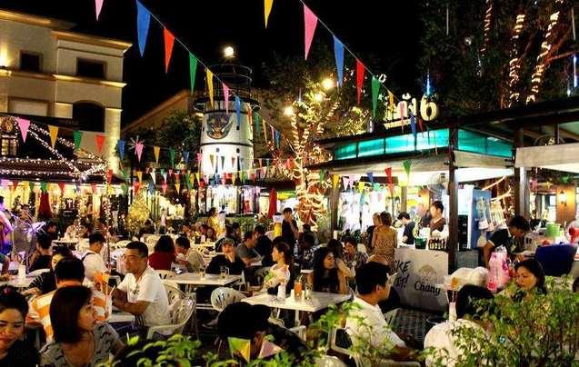 WHAT?曼谷将在年底全面清除路边小吃摊