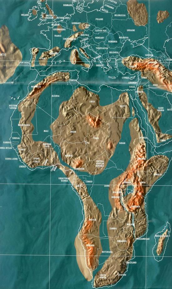马达加斯加岛的大部分也将被海水淹没.而阿拉伯海上将升起新的陆地.