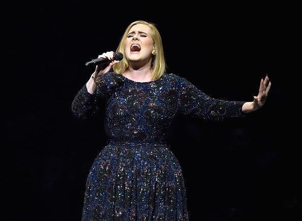 就算没新专辑,她还是英国30岁以下明星里最富的