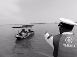 雷州渔政推进休渔执法监管 打击非法捕捞行为