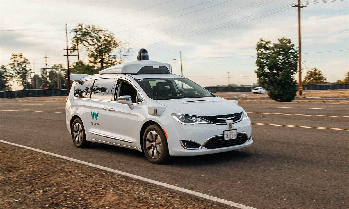加州提议无人驾驶汽车可不配备司机独自载客