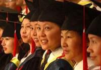 """女大学生群体""""学术崛起"""" 量化学术指标更有优势"""