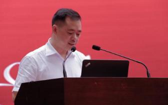 九龙坡区长刘小强:积极构建和谐劳动关系综合试验区