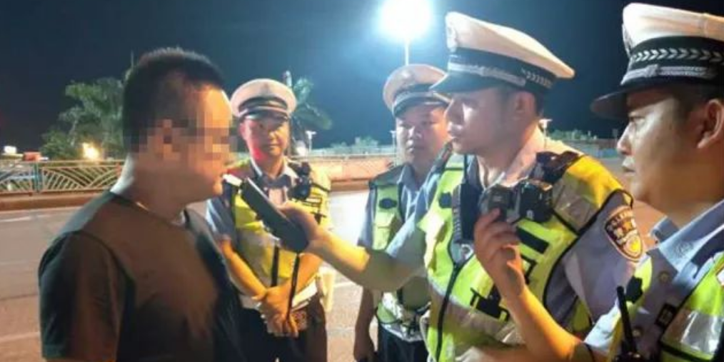 5月24日 防城港公安交警查处酒驾11起!