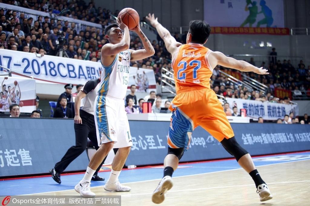 闽沪对轰战造CBA历史三分数新高 47记三分超NBA
