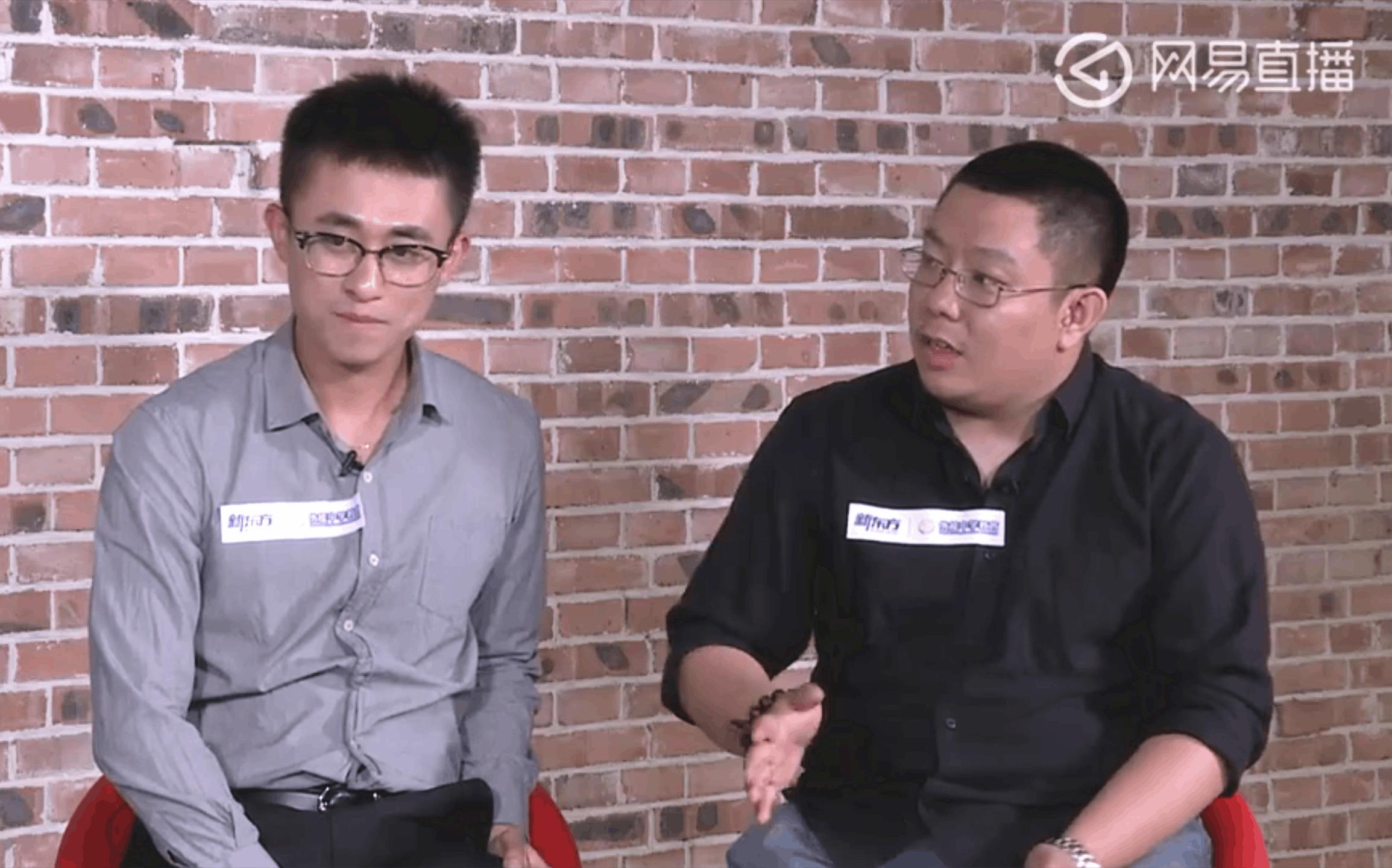 新东方优能中学化学名师耿绍文(左)、生物名师徐京(右)