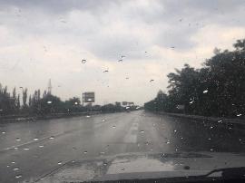 原平到石岭关/董村到豆罗枢纽段阵雨 路面湿滑