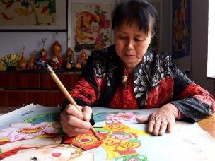 黄颖:手绘年画传承人的坚持和创新