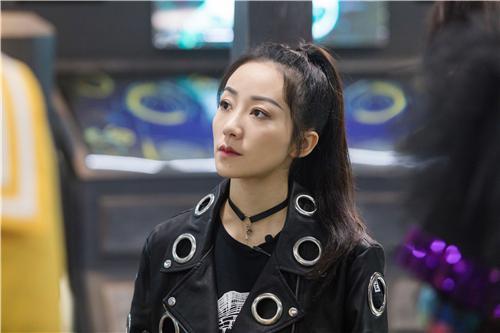 """《我是大侦探》韩雪机车服发散""""女强人""""魅力"""