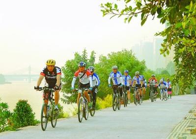 低碳绿色骑行 通城举行骑行活动号召市民低碳出行