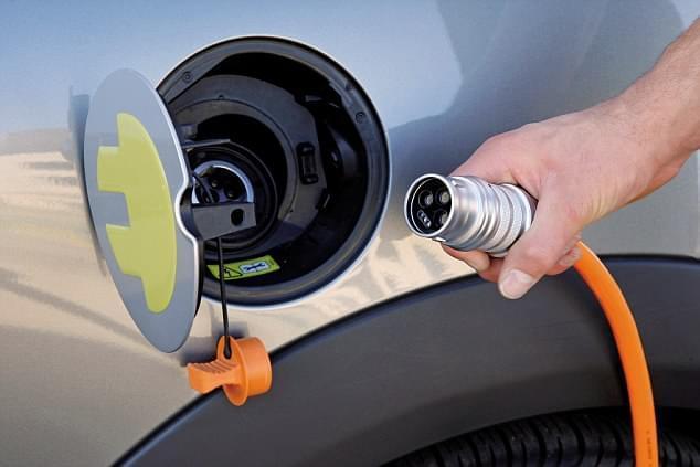 汽油是最有害的燃料?《自然》:干脆抛弃汽车得了