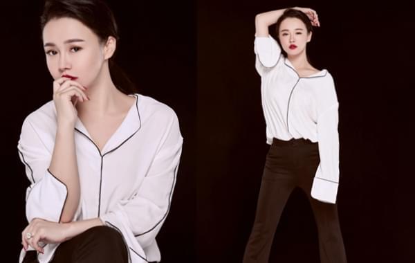 冉莹颖烈焰红唇搭配白衬衫