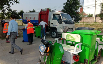 潜江市城管局积极推进农村生活垃圾精准治理