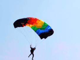山西跳伞运动员郭晓东获两项亚洲冠军