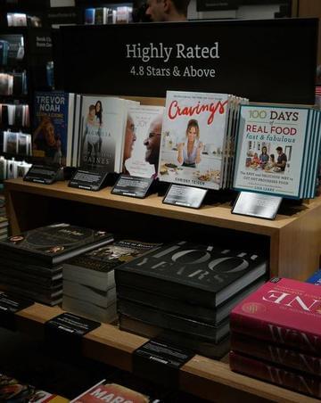 亚马逊纽约书店:与传统书店有啥不同