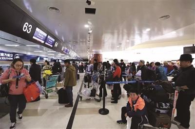 海南到南京机票涨到1万多!航企算不算坐地起价?