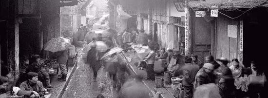 摄影师用30年拍摄的成都人民生活景象
