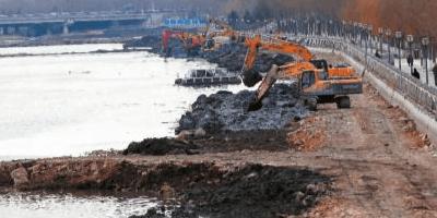 伊通河中段清淤接近尾声 清淤65万立方米