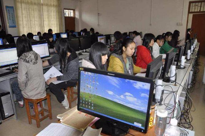 既能学知识,又能享补贴!1.1万名大学生在荆州实习实