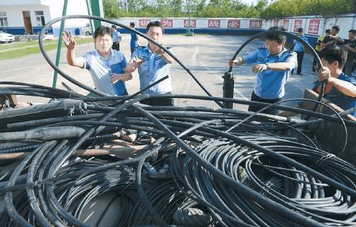 佛山三男子专偷电缆疯狂作案10余起 涉案60万!