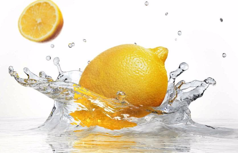 三种方法教会你轻松清除电水壶里的水垢