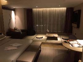 杭州设计感精品酒店 网易严选亚朵