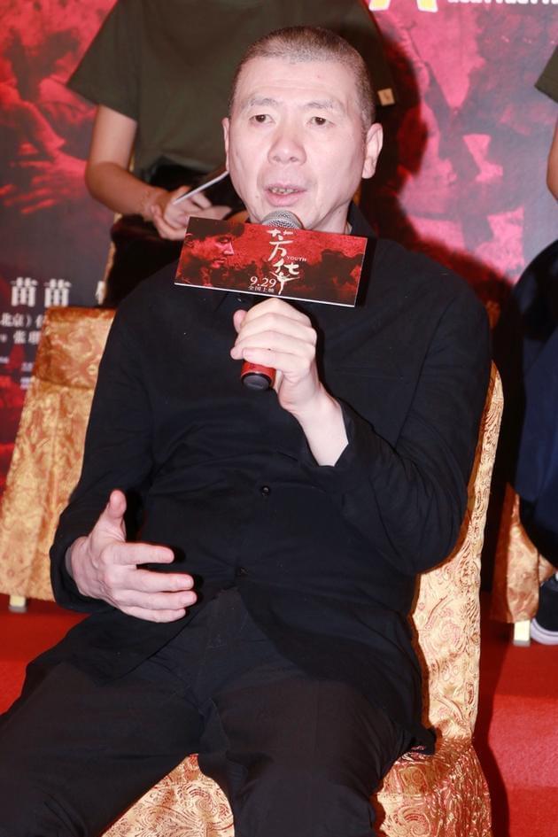 网传冯小刚《芳华》定档12.15 片方再次否认!