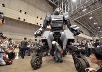 """众筹百万美金 巨型机器人完成了史上首次""""大决斗"""