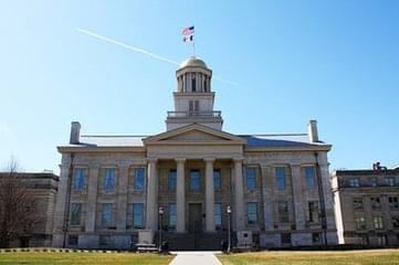 针对中国学生舞弊案 爱荷华大学声明将开除