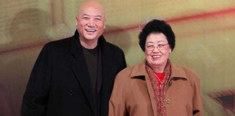 """【吐槽姬】中国有多少女人能谈""""养男人""""?"""