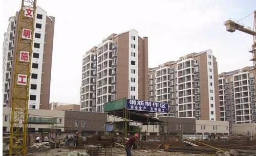 荆州高岳片区凤凰城安置房加紧建设 一期明年建成