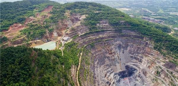 中国亚洲第一富铁矿被采光 未来将建博物馆