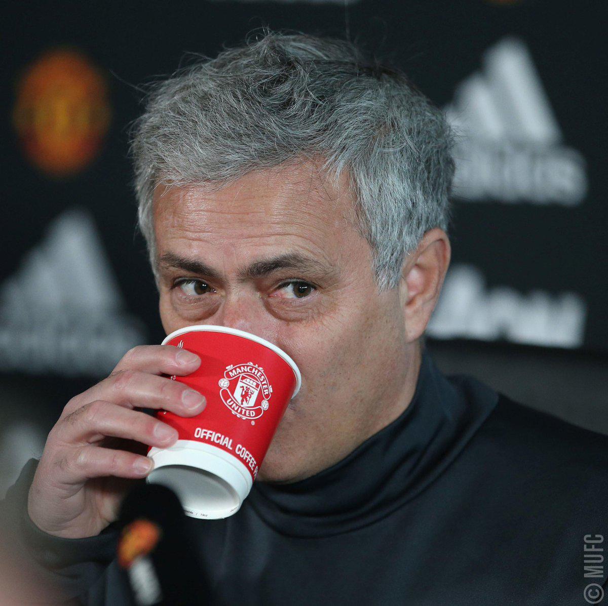 穆帅:你们说第3第4第5都比曼联强 但曼联是第2!