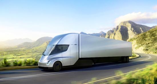 一年后正式上市 特斯拉无人卡车进行最后的货运测试