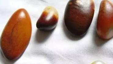 和田玉的鉴别方法:识别皮色籽料的图文教程