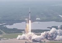 "SpaceX发射新型""猎鹰9号""火箭 瞄准未来载人任"