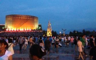四川著名地标性建筑:西昌火把广场