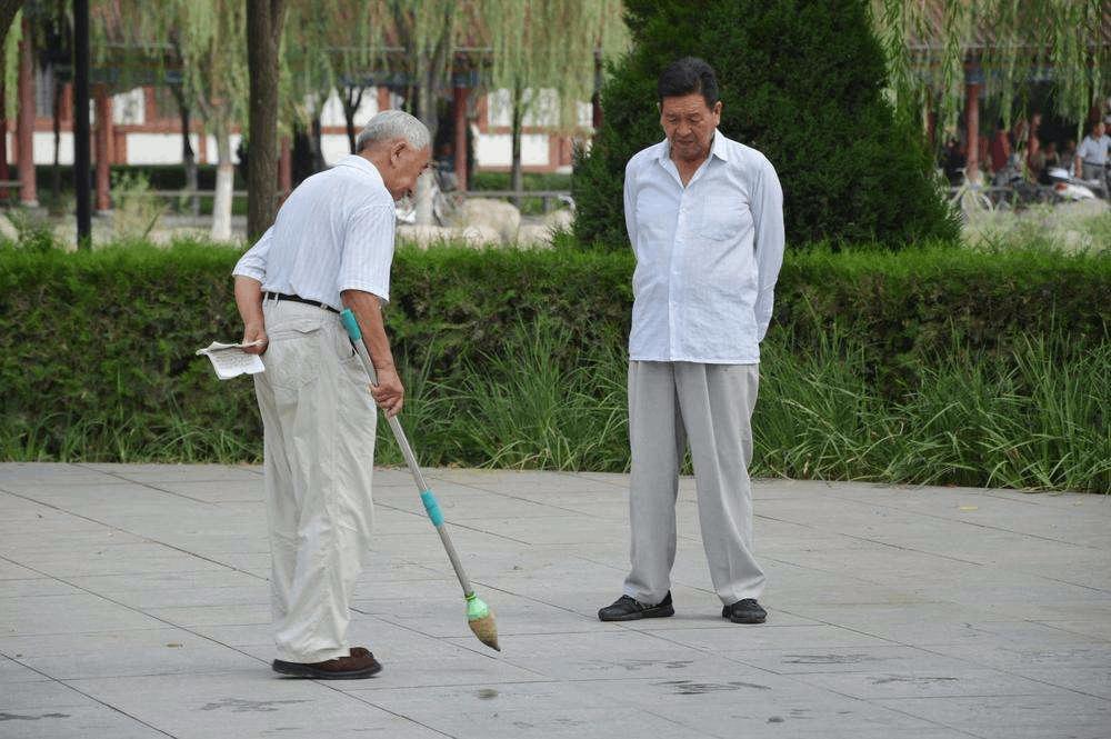 老年人是胖点好还是瘦点好