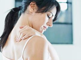 肩周炎患者健身时该多练肩膀还是少练?