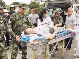 游客越南遇火灾逃生摔成骨折 南宁医生赴边境治疗