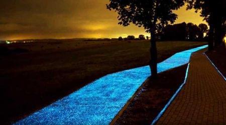 夜光自行车道