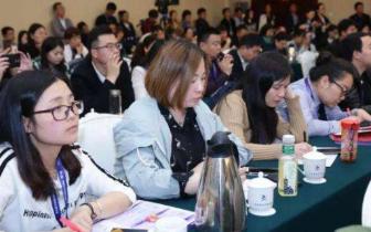 实施教师教育振兴行动计划 培养高素质教师队伍