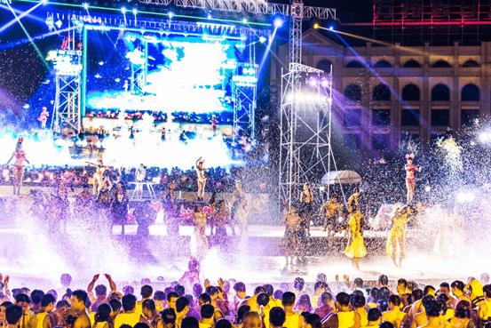 郑州方特水上乐园夏夜狂欢水派对邀您纵享清凉